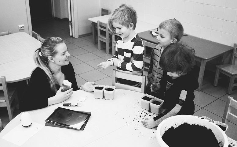 Suomessa luotetaan osallistavaan oppimiseen